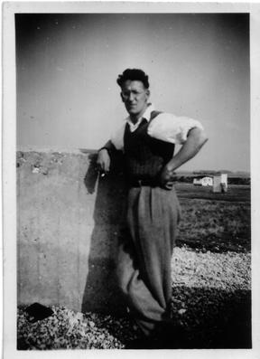 1940s CJTurnerCaravanHoliday.jpg